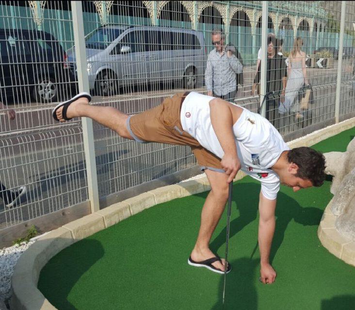 The Golfers lift